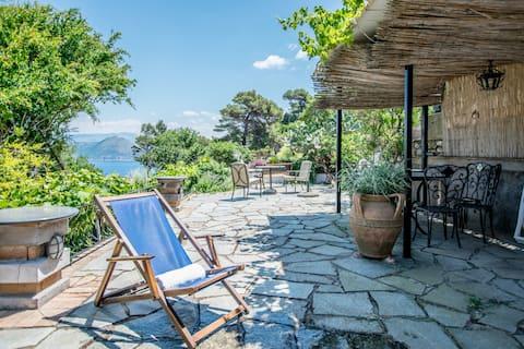 Cottage Oceanview