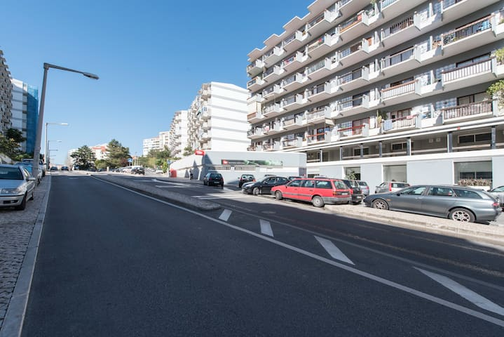 Building , Parking