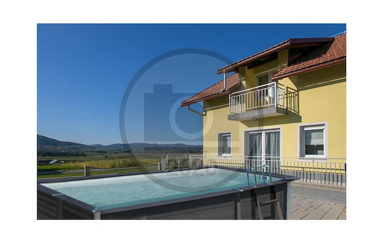 Holiday cottage with 3 bedrooms on 96m² in Ogulin