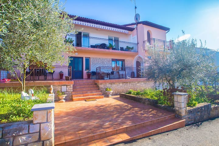 Apartments Zrnic in Center of Porec / One Bedroom Apartment Zrnic II with Terrace