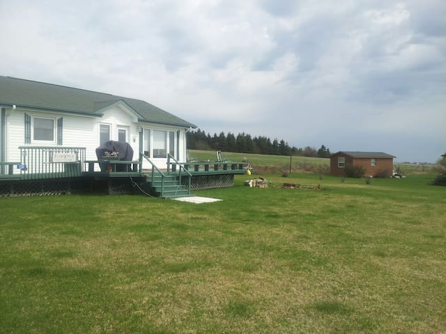 2 bed room cottage - North Rustico - Pis