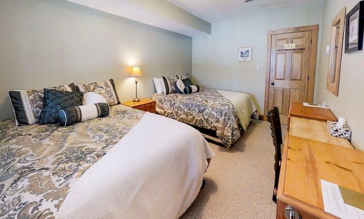 Peaceful Room on Stony Lake