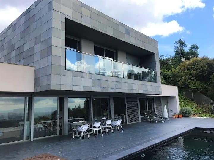 Impresionante casa con vistas en plena naturaleza