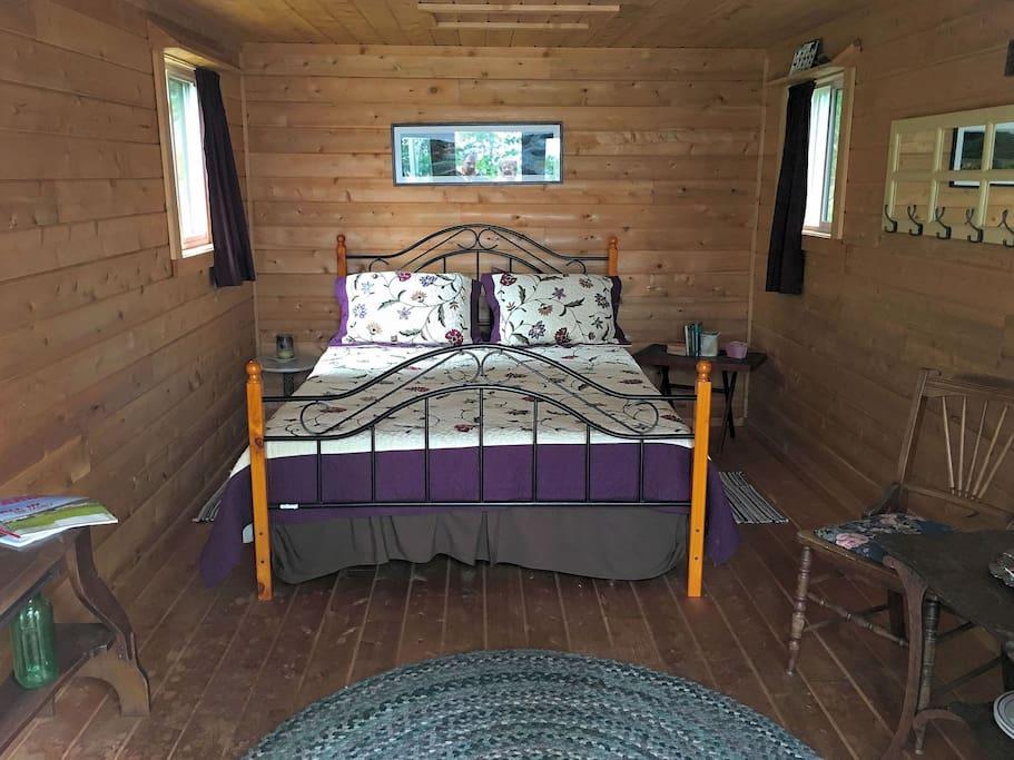 Inside Bayside Cabin.