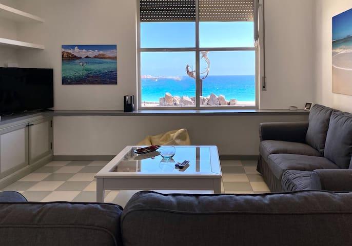 Dúplex con vistas en primera línea de playa