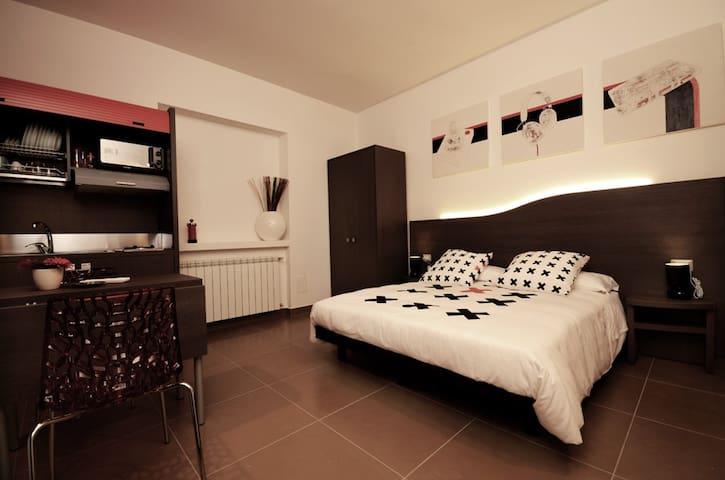 BEDROOMS B&B mini appartamento con cucina  80 - Pescara - Bed & Breakfast