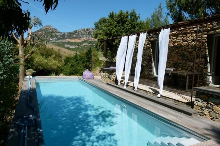 Bergerie Brietta, heated pool, in the vineyards - Poggio-d'Oletta