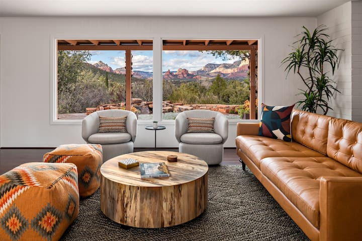 Iconic Mid-Century Home w/Panoramic Red Rock Views, walk to trails, hot tub, & more!