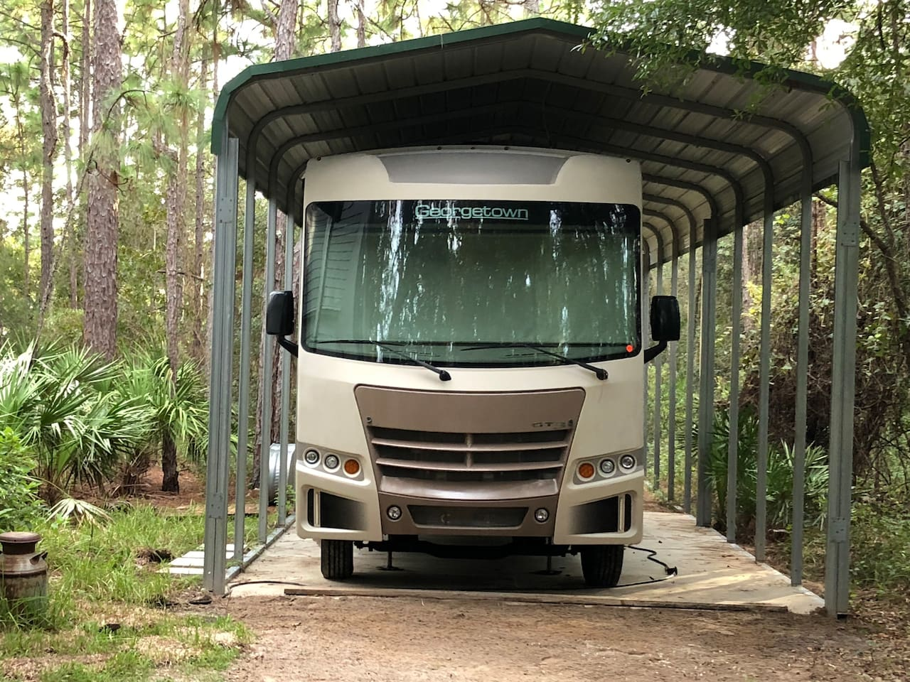Our unique take on Airbnb,30'Georgetown motor home