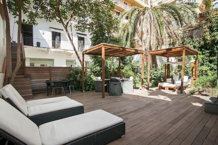 Central luxury apartment with chillout terrace B10