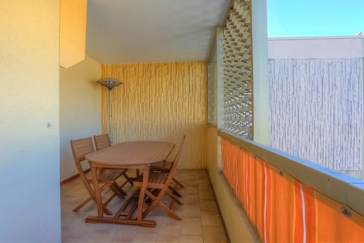 3-rooms apartment with big balcony
