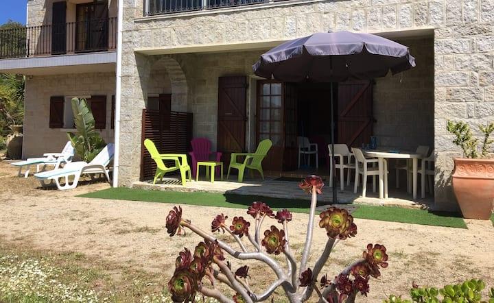 Grand T3 rez de Villa proche Propriano