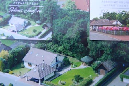 Haus Janßen Ferienwohnung - Großenkneten - Konukevi