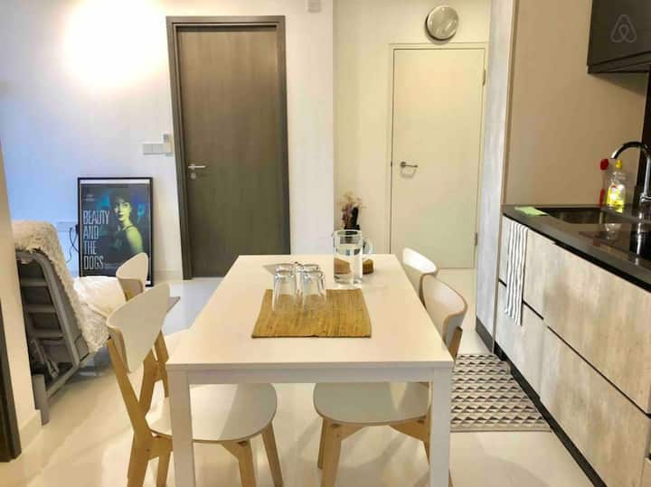 Downtown Modern Compact 3BR near Orchard Road