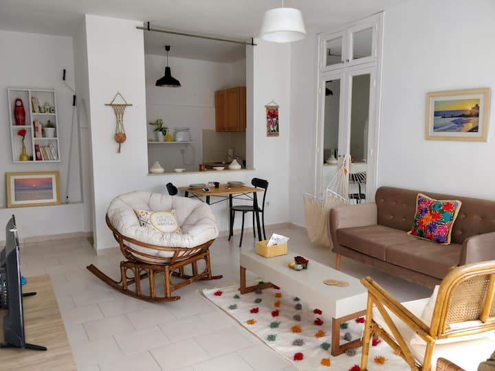 Super central & cosy flat with terrace @ La Marsa