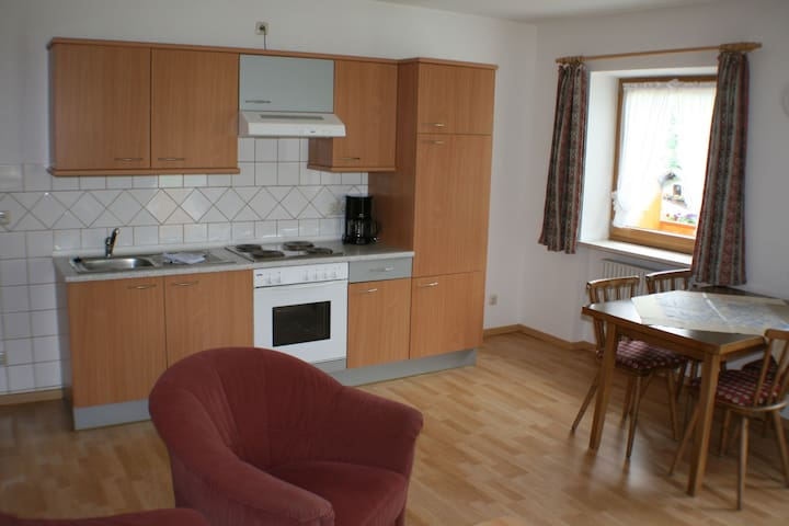 """Cosy Apartment """"Ferienwohnung Hohe Göll"""" with Mountain View, Wi-Fi & Balcony; Parking Available, Pets Allowed"""