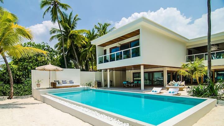 Amilla Villa Residence