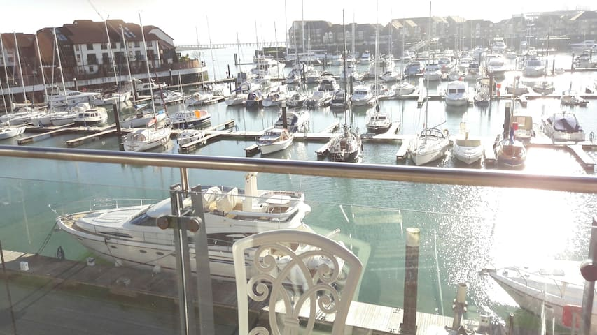 Sundowner, Ocean Village - Southampton - Apartment