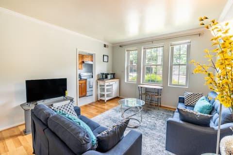 Quiet 1 bedroom  Oasis in Arlington