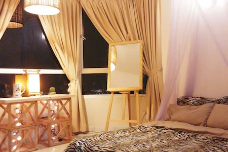 The Cozy Suite Room with Ultimate Seaview - George Town