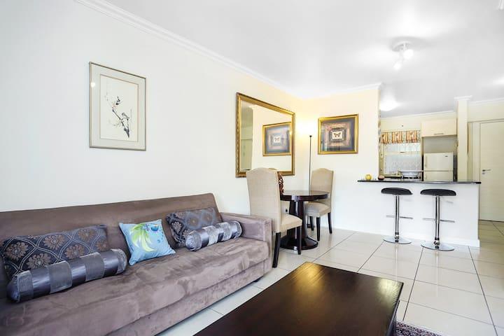 Spacious and modern garden apartment