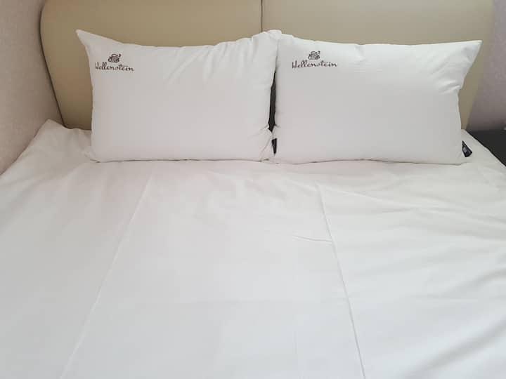 시나브로....아파트 전체 사용, 침실2개, 침대 더블1개,  ic에서 5분안에 도착