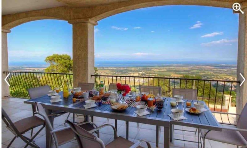 1 Chambre d'hôtes dans villa vue mer