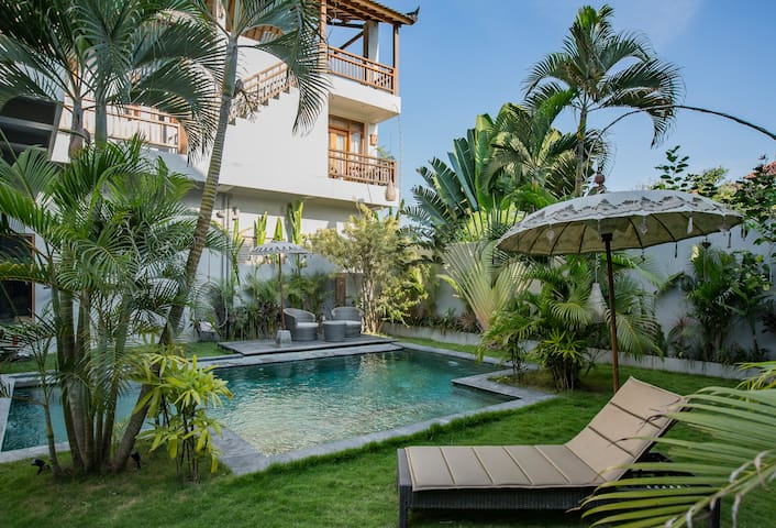 ★SPACIOUS HIP APARTMENT IN CANGGU HEART★#1