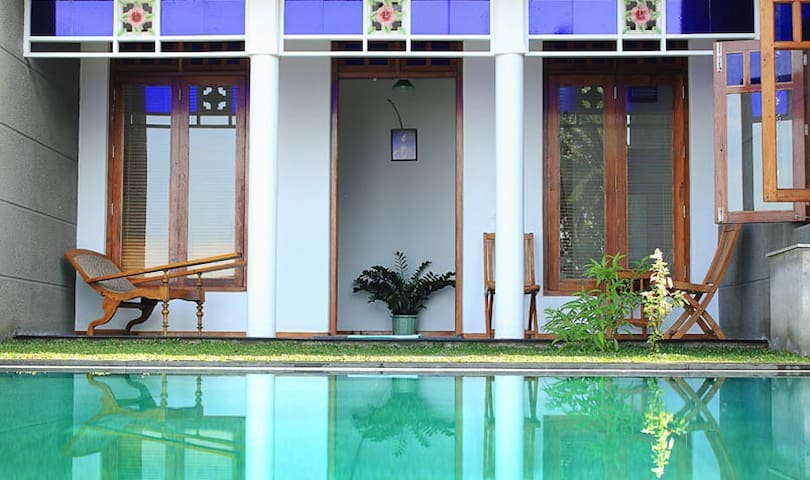 The Blue room- Villa Vikasa - Thanneermukkom