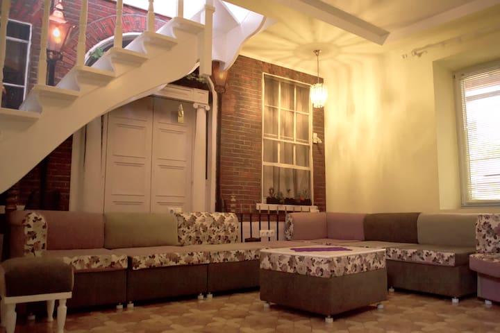 2-кімн квартира в історичному центрі за дост.ціною