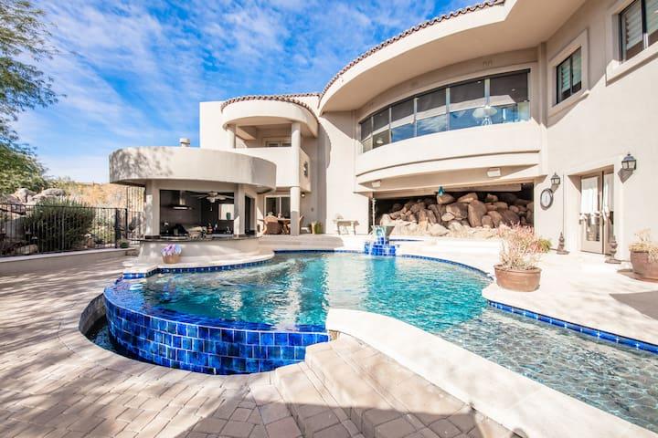 Extravagant Fountain Hills Estate - Pool & Hot Tub
