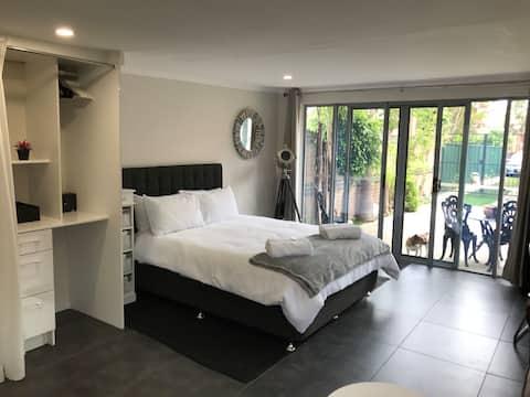 Studio 33 Apartment