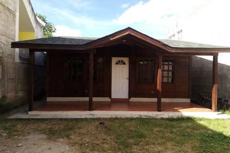 Casa de madera agradable y centrica
