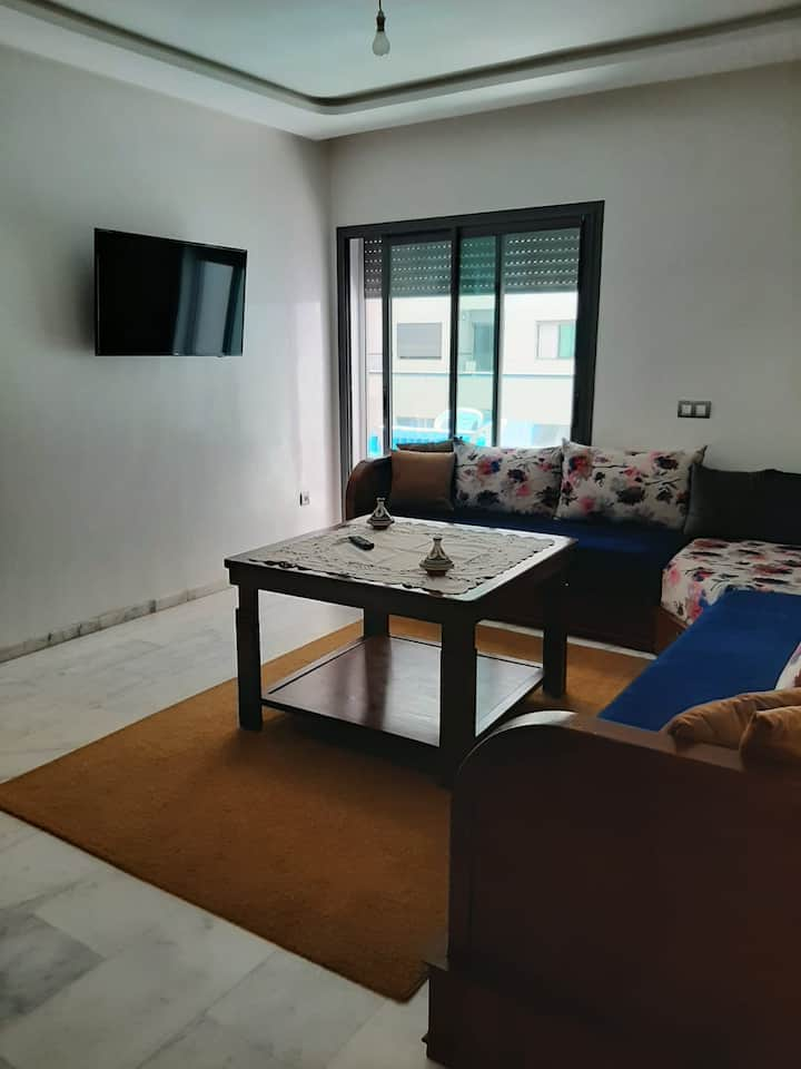 clean and cosy studio brand new furnished.