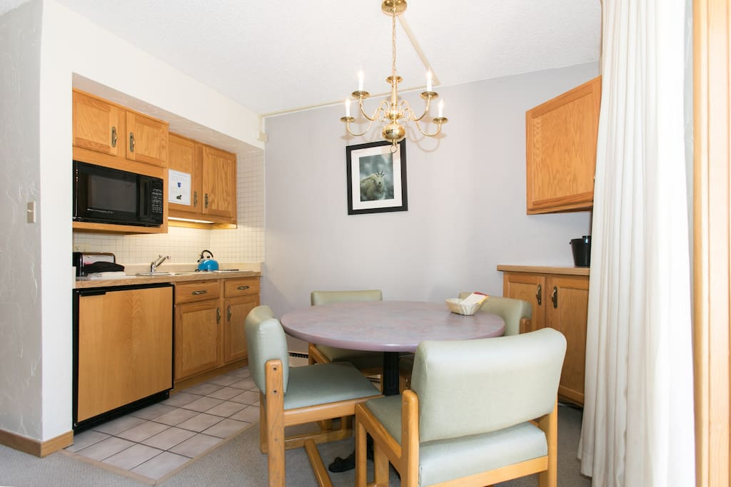 Prepare meals from the kitchenette in your room