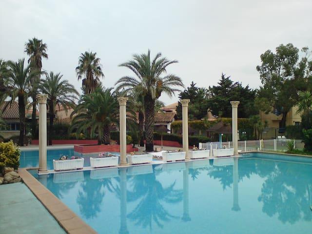 Appart 4 personnes à Malibu Village - Canet-en-Roussillon - Apartemen