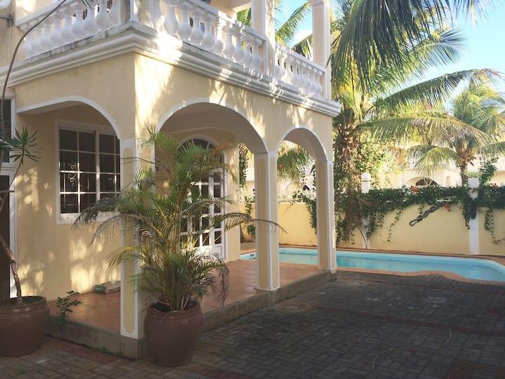 Villa in Pereybere