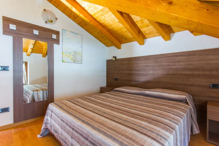 Cozy new apartment close to Lake - Pieve - Huoneisto
