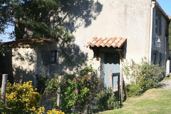 Maison de vacances dans les Hautes Corbières - Albières