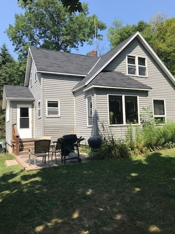 Door County Family Home perfect for your Group!