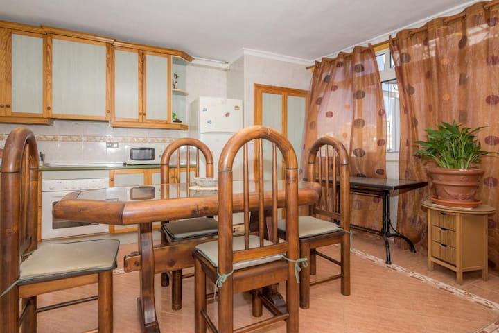 HABITACION POR NOCHE ZONA CENTRO - Alacant - Bed & Breakfast