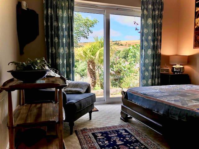 Lulworth coastal path peaceful room and breakfast