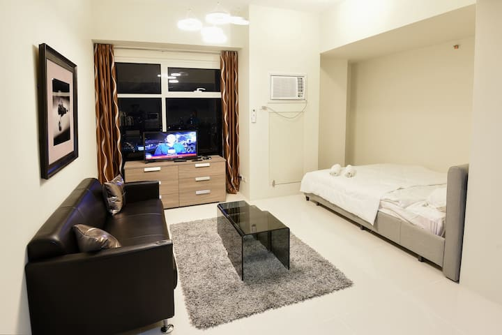 Studio For Rent Ortigas Center THE CURRENCY