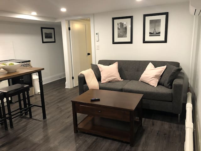 The City Suite - Stunning, Clean, Spacious