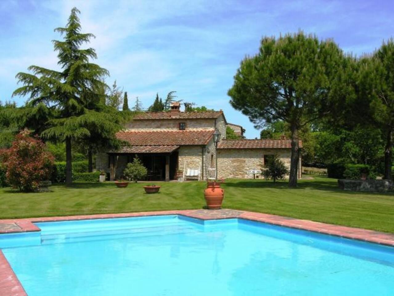 Fiorita exterior with swimming pool