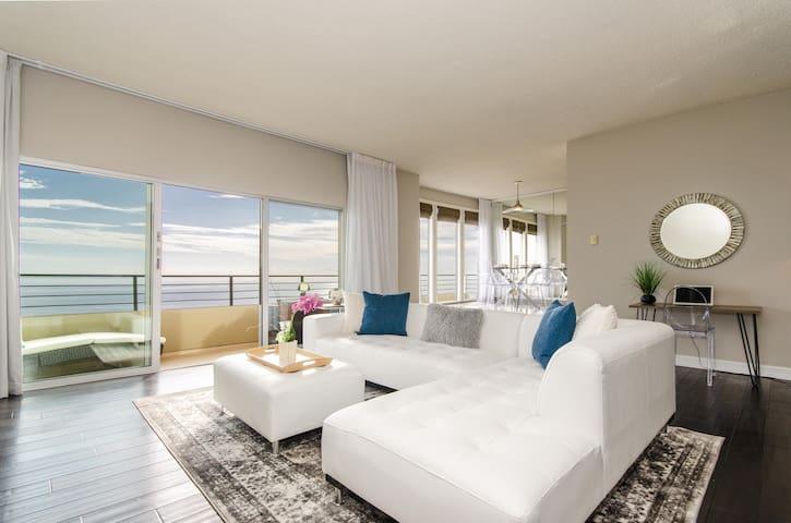 SURF-N-SAND 2-Bedrooms, MALIBU/PALISADES