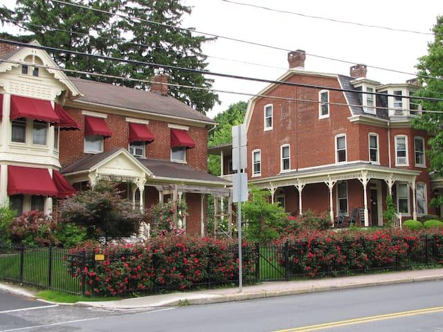 Ohio Room - Brickhouse Inn