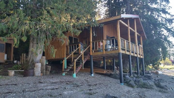Drifterscove Cabin #2 Denny island, Bella Bella