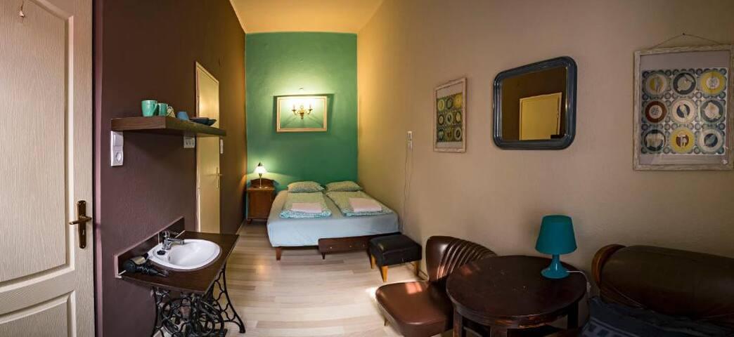 Santico Art Hostel - Double room with Bathroom
