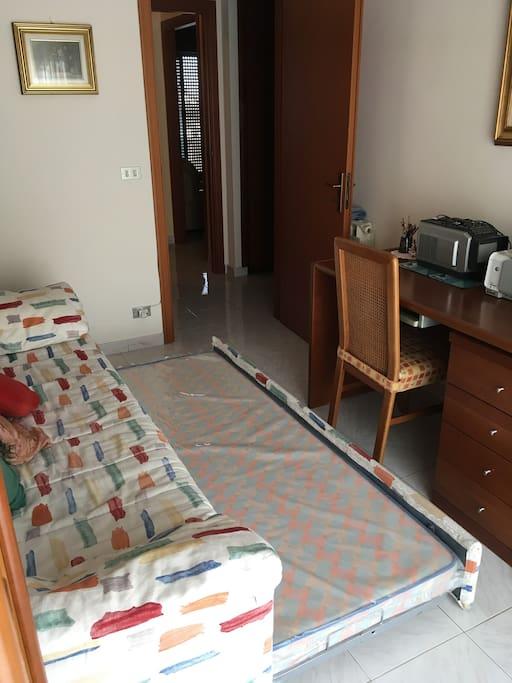 Camera da letto con divano letto 2 posti